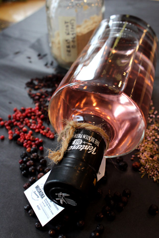 2018-11-Pink-Peppercorn-Gin-WEB