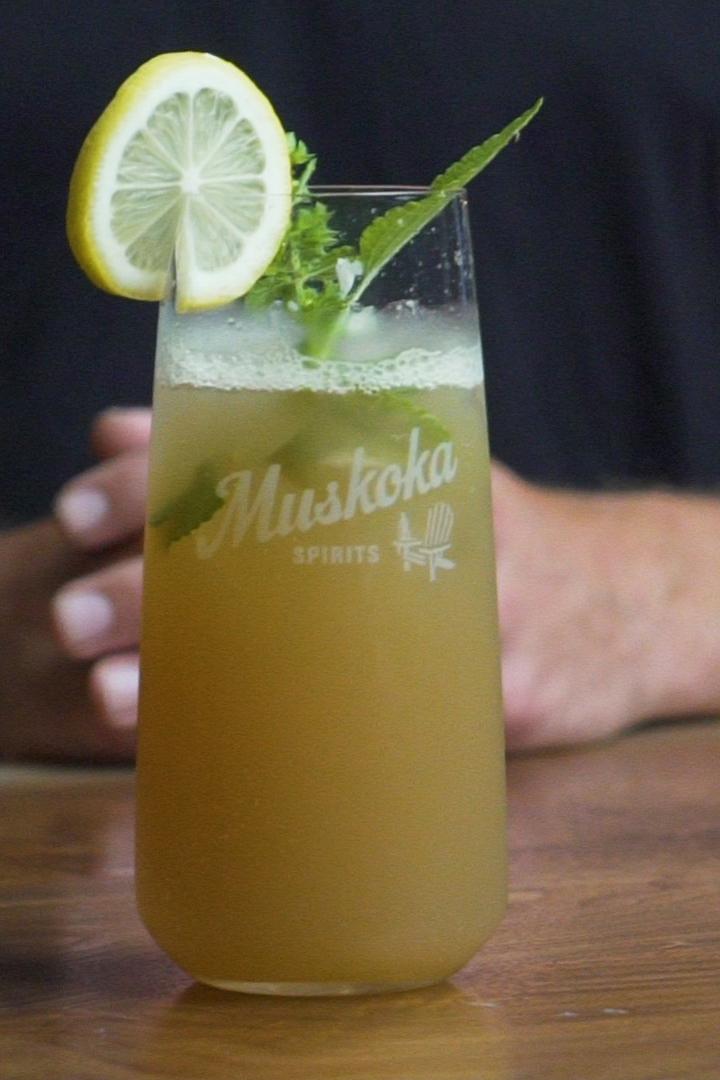 2019-08-Sumac Lemonade-Andy